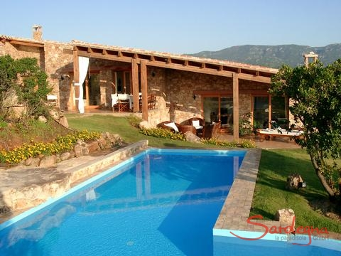 Villa Su Tauloni with private pool