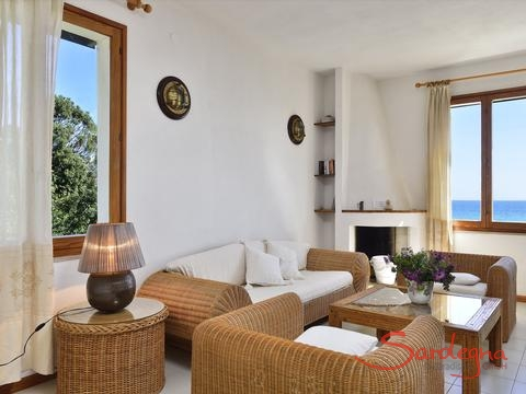 Livingroom with a stunning view, located on the 1st floor