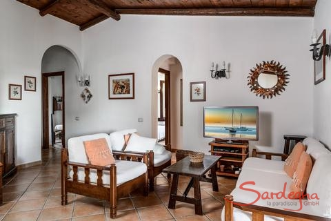 Living area, furnished in a typical sardinian way