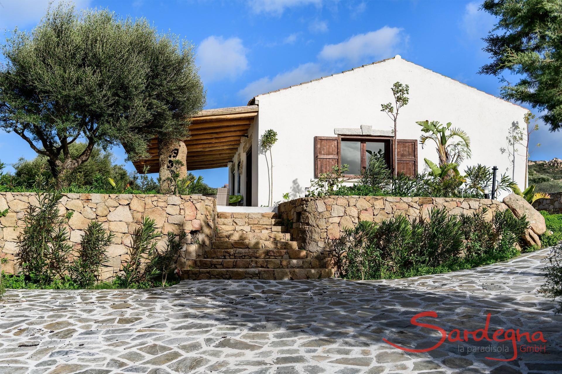 Case Di Pietra Sardegna : Residence e case vacanza a tanaunella sardegna vacation sardinia